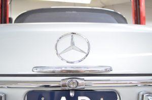 classic mercedes emblem